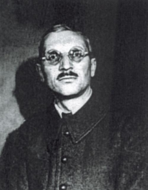 Adam Doboszyński podczas wojny. Zdjęcie z kartoteki wojskowej.