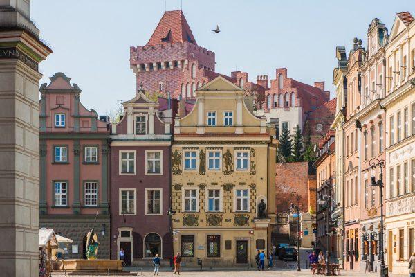 Zamek Gargamela widoczny ze Starego Rynku.