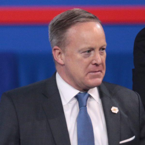 Słynny z gaf rzecznik Sean Spicer w lutym 2017.