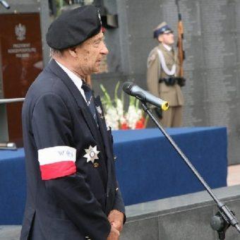Gen. bryg. Zbigniew Ścibor-Rylski podczas uroczystości z okazji 63. rocznicy powstania warszawskiego, zdjęcie wykonano 30 lipca 2007.