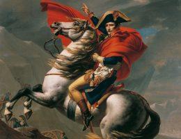 Marengo (lub jeden z jego sobowtórów) na obrazie Jacquesa-Louisa Davida przekracza wraz z Napoleonem Alpy.