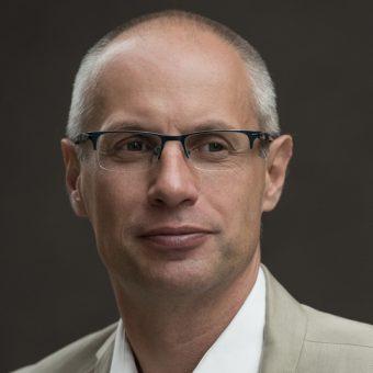 Prof. dr hab. Paweł Machcewicz uważa, że głównym celem połączenia Muzeum II Wojny Światowej i Muzeum Westerplatte było usunięcie go ze stanowiska.