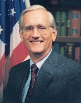 William S. Sessions był szefem FBI w latach 1987-1993.