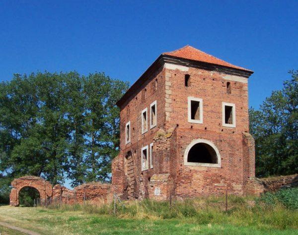 W niepozornym prywatnym zamku w Gołańczy właściciele naprawdę dbali o higienę.