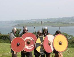 Wikingowie słynęli z łupieskich napadów. Czyżby złodzieje wikińskich pamiątek wzięli przykład z średniowiecznych wojowników?