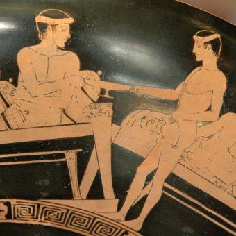 Jedno z najstarszych w europejskiej sztuce przedstawień obrazujących picia wina, pochodzące z V wieku p.n.e.