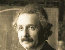 Albert Einstein podczas wykładów w Wiedniu, 1921 r.