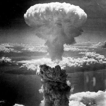 Zdjęcie wykonane przez amerykańskiego żołnierza tuż po zrzuceniu bomby na Nagasaki, 9 sierpnia 1945 r.