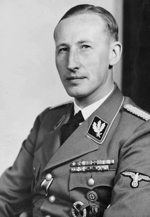"""Reinhard Heydrich był organizatorem konferencji w Wannsee i jednym z głównych współodzpowiedzialnych za Holocaust. To on właśnie w 1941 roku wydał serię dyrektyw w sprawie organizowania """"pogromów ludowych""""."""