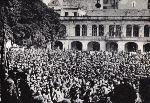 Wiec Centrolewu w warszawskiej Dolinie Szwajcarskiej. Wrzesień 1930.