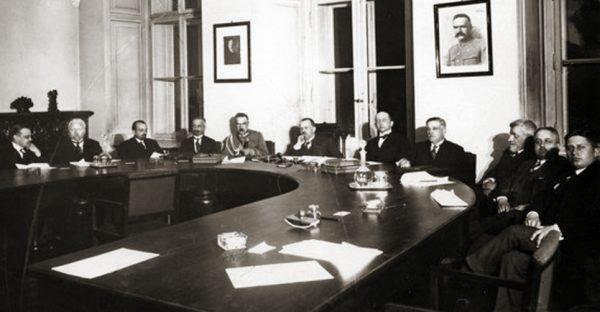 Od maja do października 1926 roku Kazimierz Bartel sformował aż trzy gabinety.