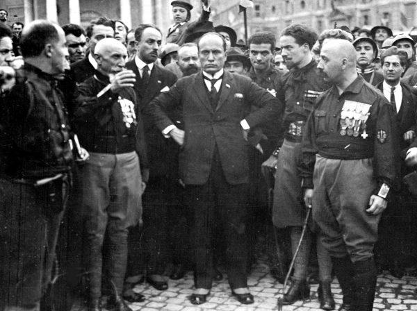 To właśnie Sarfatti nakłoniła Mussoliniego do zorganizowania słynnego Marszu na Rzym.