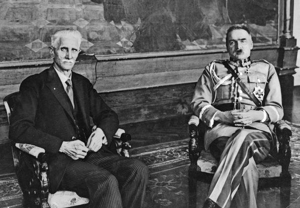W marcu 1928 roku Piłsudski otwarcie dążył do konfrontacji z sejmową opozycją. Na zdjęciu Piłsudski w trakcie spotkania z marszałkiem Sejmu Ignacym Daszyńskim.