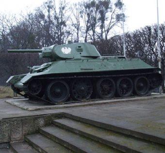 Pomnik czołgu T-34-76, stojący w Gdańsku