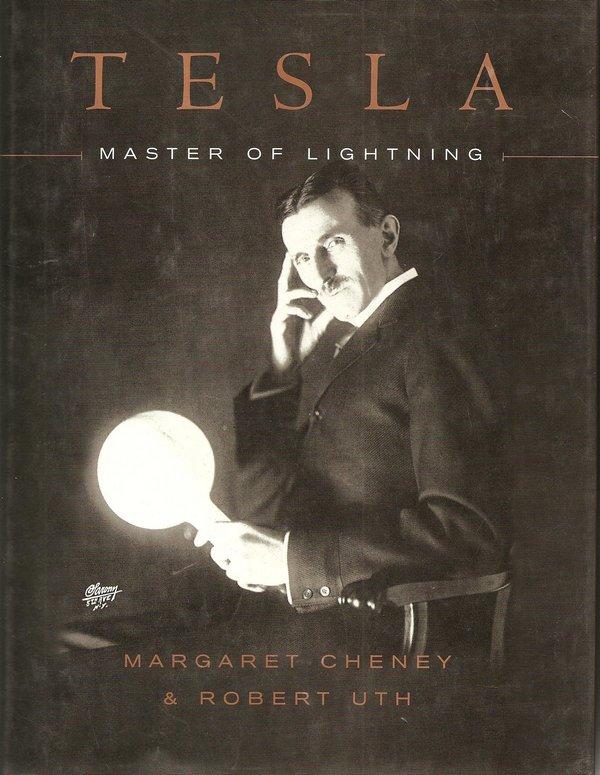"""Artykuł powstał między innymi na podstawie książki Margaret Cheney i Roberta Utha pod tytułem """"Tesla. Master of Lightning""""."""