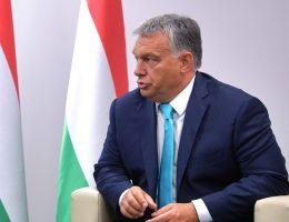 Viktor Orban podczas spotkania z Putinem 28 sierpnia 2017 roku.