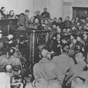 Sesja Piotrogrodzkiej Rady Delegatów Robotniczych i Żołnierskich.