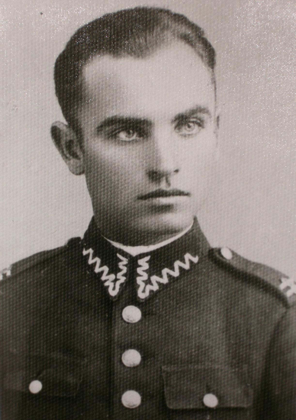 """W oddziale, który Sztuka zdradził, działał m.in. Józef Kaczoruk """"Kiwi"""". Zdjęcie z 1938 roku."""