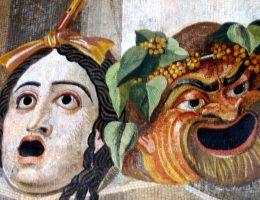 Antyczna mozaika przedstawiająca maski teatralne. (fot. domena publiczna)