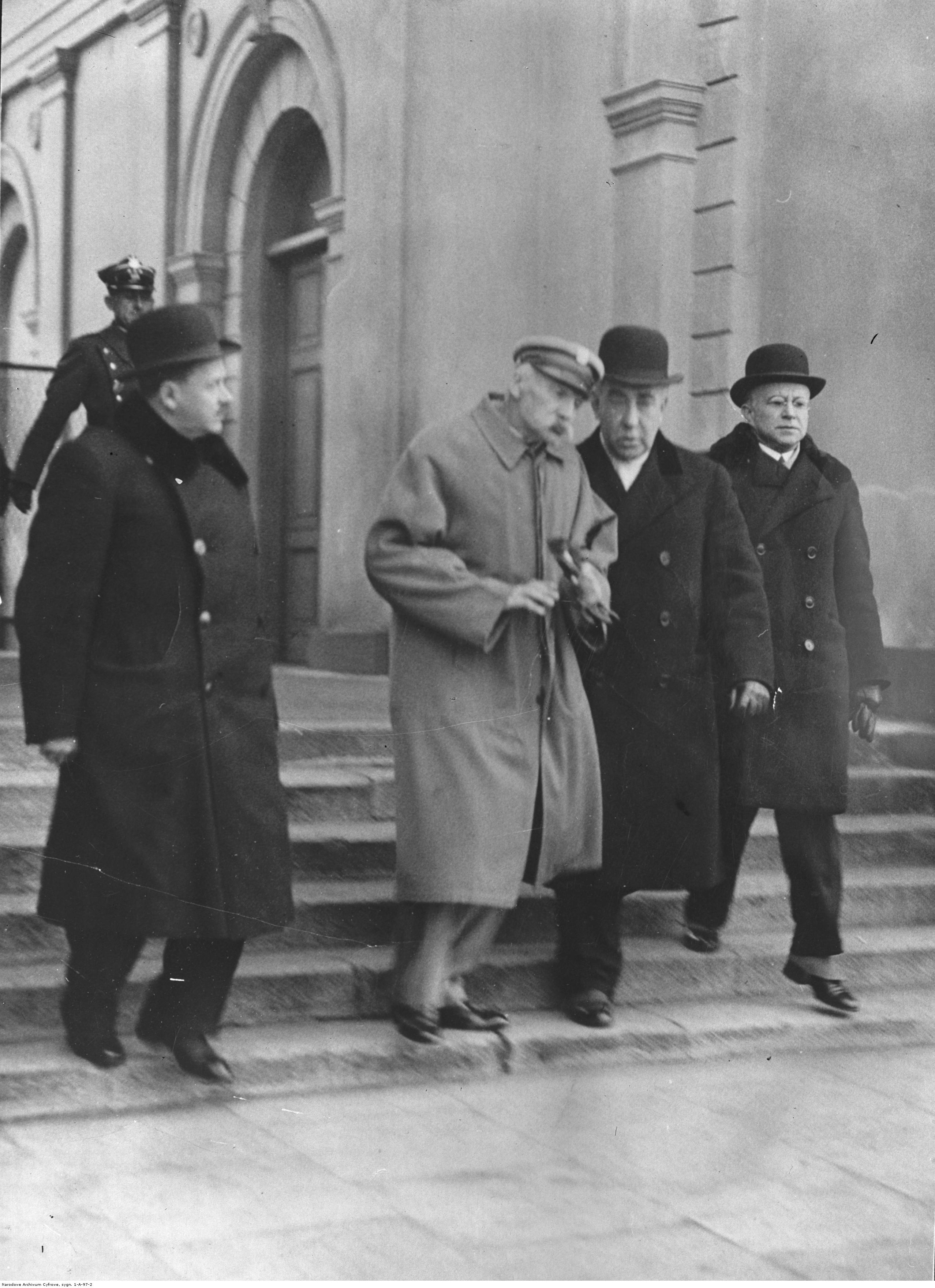 Wychudzony i wyniszczony chorobą. Zdjęcie Józefa Piłsudskiego wykonane w końcu marca marca 1935 roku.
