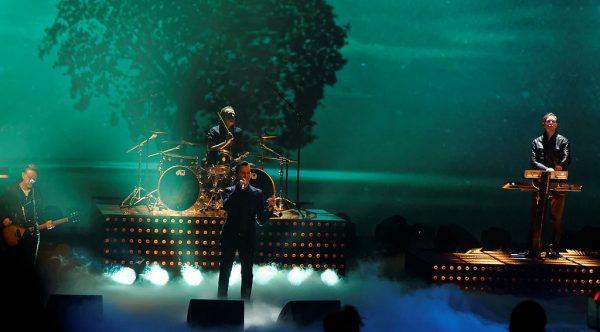 Depeche Mode to dziś jedna z najsławniejszych brytyjskich grup muzycznych. Powstała w 1980 roku i już 5 lat później wystąpiła na scenie warszawskiego Torwaru. Takie koncerty w czasach PRL należały jednak do rzadkości.