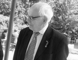Jerzy Kłoczowski w Warszawie w 2007 roku.