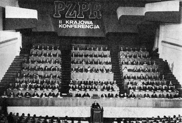 Konferencja PZPR w 1978 roku, gdy komuniści byli u szczytu władzy. Po 29 stycznia 1990 roku nie zostało z tego nic. (fot. domena publiczna)
