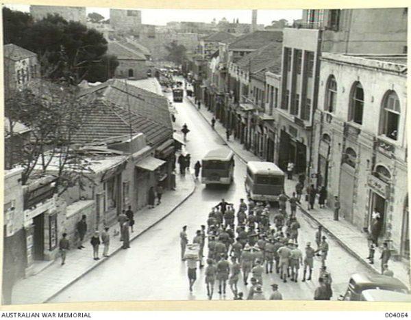 """Polacy do Jerozolimy przybywali falami. W pewnym momencie stała się niemal """"polskim miastem""""! Na zdjęciu widok z hotelu Feast w 1940 roku."""