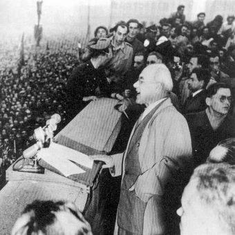 Przemówienie Władysława Gomułki w październiku 1956 roku zapoczątkowało rewolucyjne zmiany, także w stosunkach państwa z Kościołem.