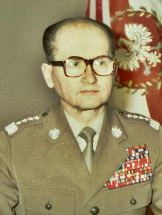 Gen. Jaruzelski z całą pewnością nie doceniał humorystycznych przytyków, jakie wymyslała pomarańczowa alternatywa (fot. domena publiczna)