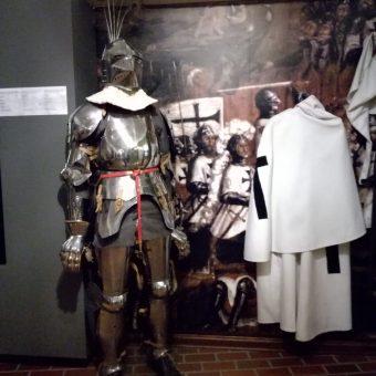Krzyżak z tpruńskiego muzeum. (fot. Aleksandra Zaprutko-Janicka)