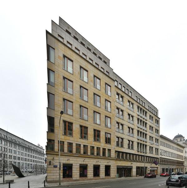 Biurowiec Liberty Corner przy ul. Mysiej róg Brackiej w Warszawie, siedziba PAP (fot. Adrian Grycuk, CCA-SA 3.0).
