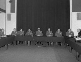 Posiedzenie Wojskowej Rady Ocalenia Narodowego pod przewodnictwem gen. Wojciecha Jaruzelskiego. Warszawa, 14 XII 1981 (fot. domena publiczna).