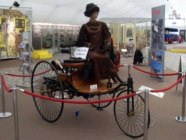 Pierwszy pojazd skonstruowany przez Carla Benza (fot. Radosław Drożdżewski (Zwiadowca21), lic. CCA-SA 3.0)