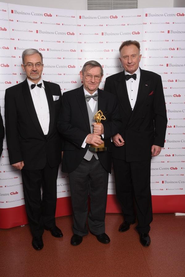 Prof. Norman Davies, jak przystało na prawdziwą gwiazdę polskiego światka historycznego bryluje na salonach (zdjęcie udostępnione przez BCC).