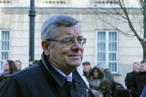 Pracom komisji śledczej przewodniczył Tomasz Nałęcz z Unii Pracy.