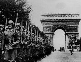 W historii II wojny światowej, którą znają zachodni alianci, wróg jest tylko jeden - nazistowskie Niemcy.