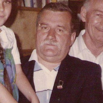 Wałęsa w 1989 r. (fot. Jackrzy Jacek Krzyżyński Otłoczyn, lic. GNU FDL)