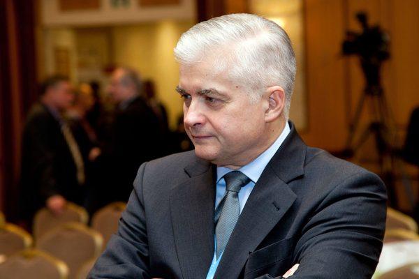 W I turze wziął udział także Włodzimierz Cimoszewicz. Zdobył prawie 10% głosów.