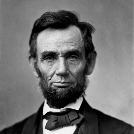 Abraham Lincoln pełnił urząd prezydenta USA w latach 1861-1865.