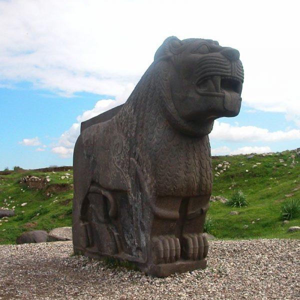 Bazaltowy lew z Ain Dara (fot. Odilia, lic. CC BY-SA 3.0)