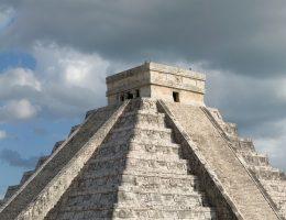 Dzieło cywilizacji Majów Chichen Itza (fot. Fcb981, lic. CC BY-SA 3.0)