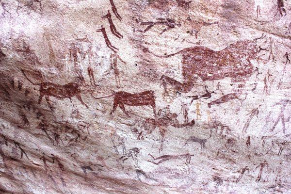 Malowidło z tzw. Jaskini Bestii na pustyni libijskiej