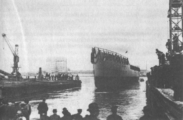 Jedną ze stoczni prawie kompletnie rozebranych przez radzieckie jednostki była stocznia Schichaua. Zdjęcie z 1914 roku.