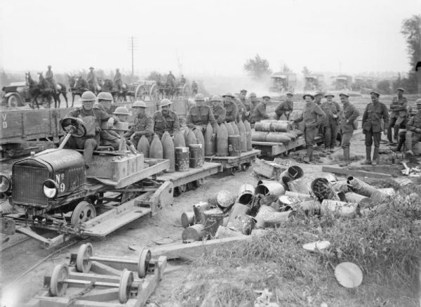 Na polach bitewnych pierwszej wojny światowej poległy miliony ludzi. Czy zastanawialiście się kiedyś, co by było gdyby Hitler znalazł się wśród nich (fot. domena publiczna)