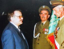 Po lewej premier Henryk Goryszewski (fot. Adwoj1, lic. CCA-SA 3.0)