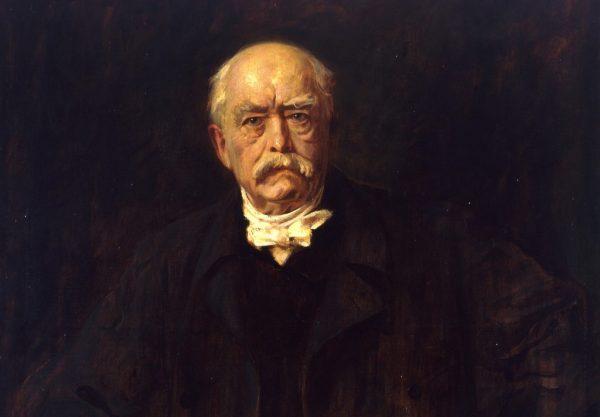 """Niemcy już na długo przed wojną przywiązywali dużą wagę do działań propagandowych. Nawet Otto von Bismarck, jeszcze zanim został kanclerzem, organizował """"gadzi fundusz""""."""