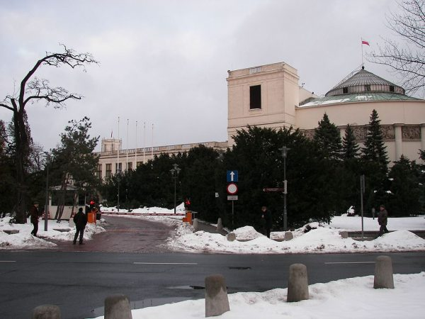 Sprawa lustracji wywołała w Sejmie burzliwą debatę.