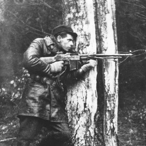 """Jednym z członków oddziału """"Jędrusie"""" był Zdzisław de Ville."""