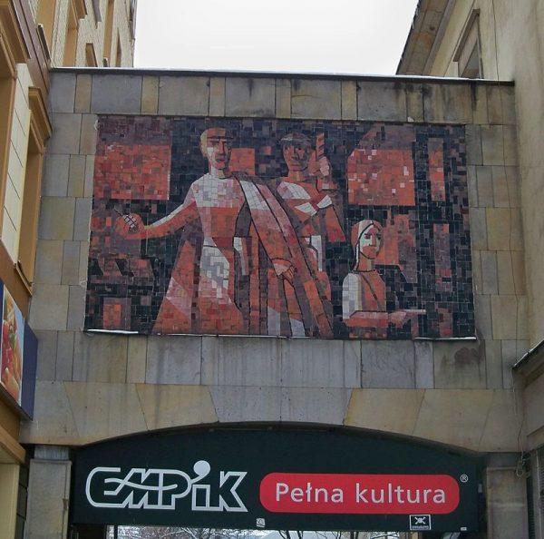 """Aleksander Reszczyński zginął w nocy z 4 na 5 marca 1943 roku w zamachu przeprowadzonym przez Grupę Specjalną Sztabu Głównego Gwardii Ludowej. Na zdjęciu mozaika przedstawiająca atak GL na przeznaczony dla Niemców """"Cafe Club""""."""